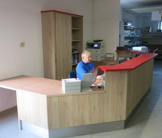 Neues Pult Serviceabteilung